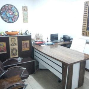 Ofis Masası ve Ofis Sandalyesi